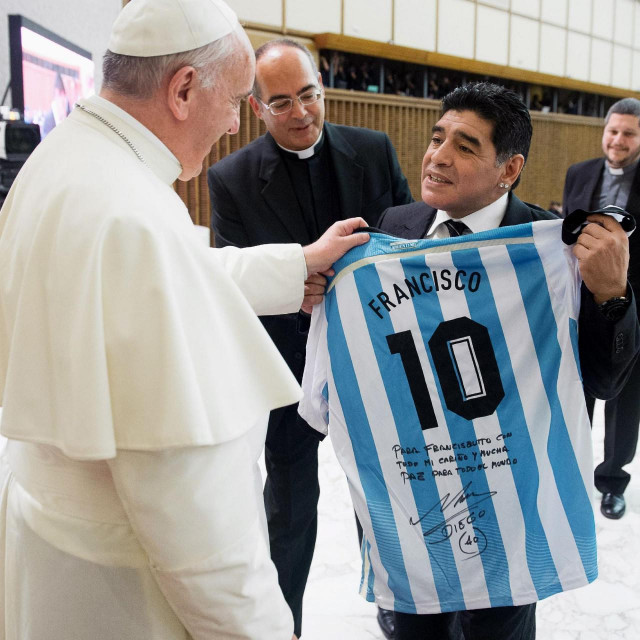 Papa Franjo s Diegom Maradonom