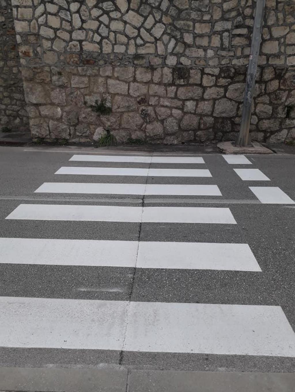 Pješački prijelaz koji nije po pravilima struke