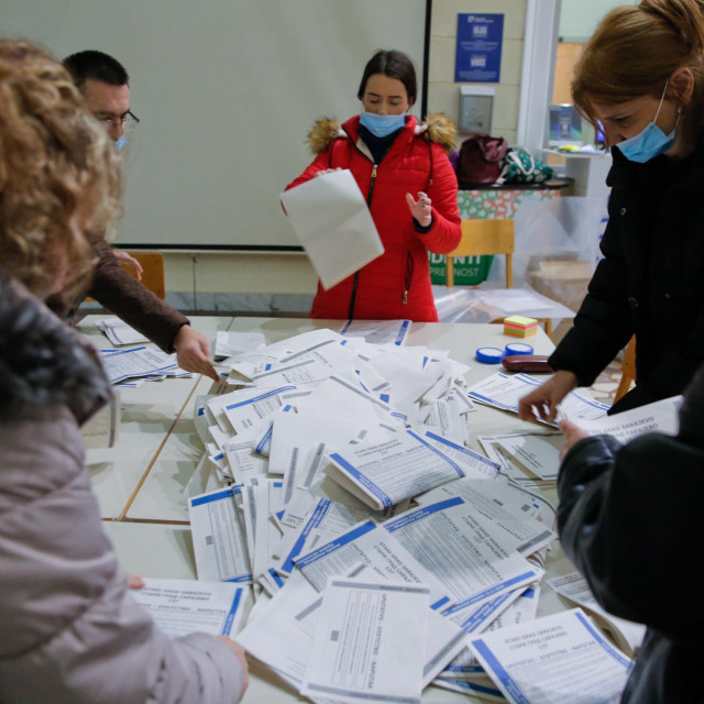 SARAJEVO, BOSNIA AND HERZEGOVINA - NOVEMBER 15: Polling clerks make preparations for counting votes at the end of the voting process of Bosnian local elections, in Sarajevo, Bosnia and Herzegovina on November 15, 2020. 2020 Bosnian municipal elections held with total of 3,283,380 citizens registered to vote on 15 November 2020 to elect mayors and assemblies in municipalities. Mustafa Ozturk/Anadolu Agency