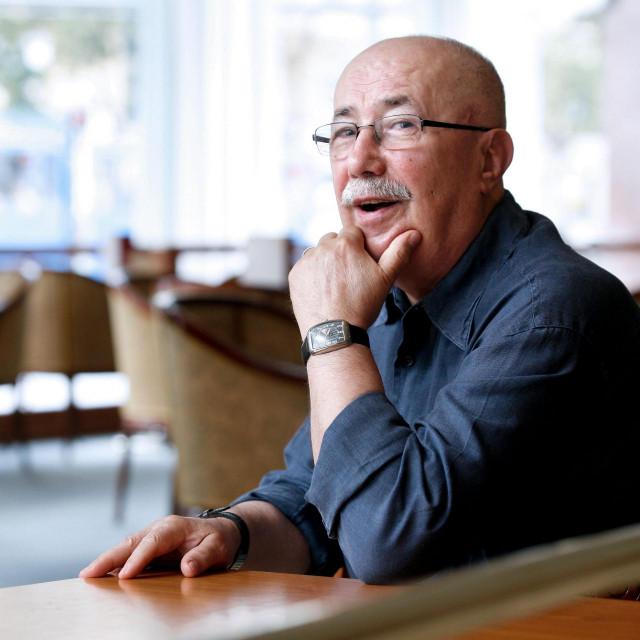 Na fotografiji: Lazo Goluža, bivši urednik na HRT-u, poznat kao autor kvizova i prevoditelj<br />