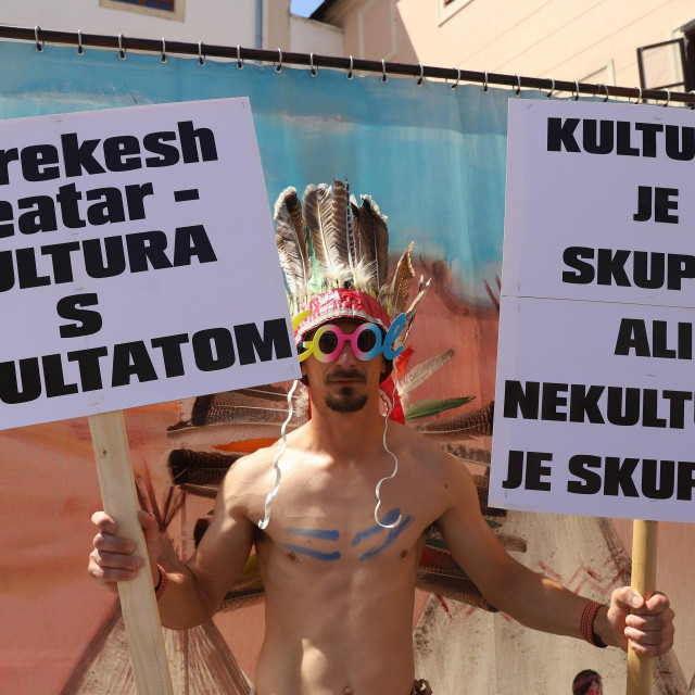 Jan Kerekeš iz 'Kerekesh teatra' u srpnju je u Varaždinu prosvjedovao jer je od županije dobio samo tri tisuće kuna, a sad je dobio 33 puta više