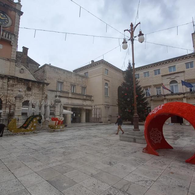 Izgled glavnog gradskog trga u vrijeme blagdana