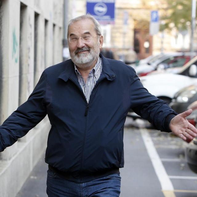 Kada je SDP izgubio vlast, Bajić je i dalje u dva mandata ostao državni odvjetnik