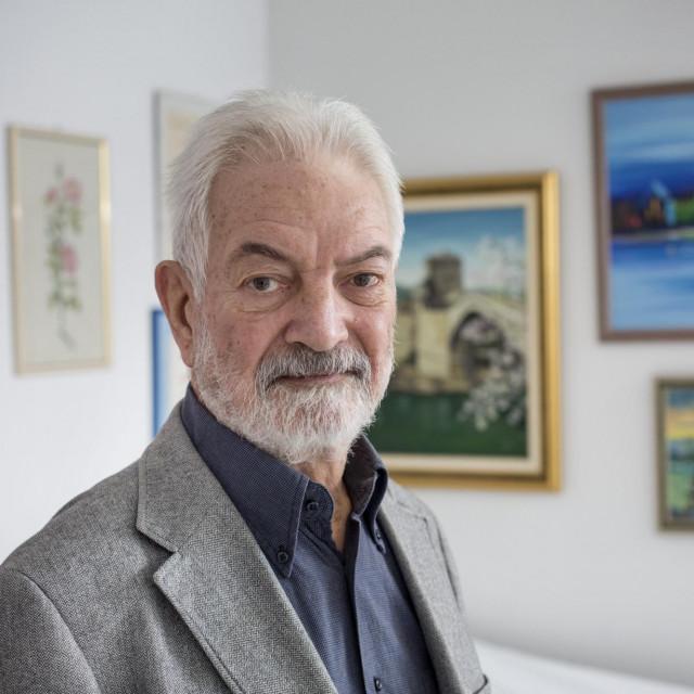 Prof. dr. sc. Ivan Urlić u svojoj ordinaciji