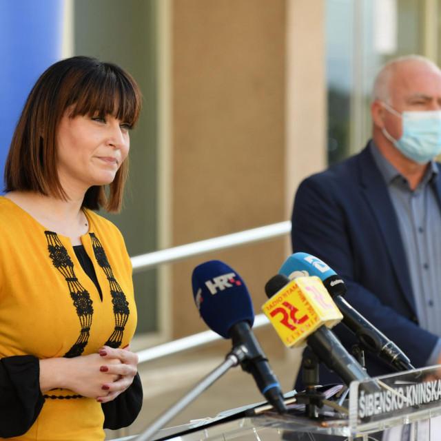 Ministrica regionalnog razvoja i fondova EU Nataša Tramišak i župan Goran Pauk