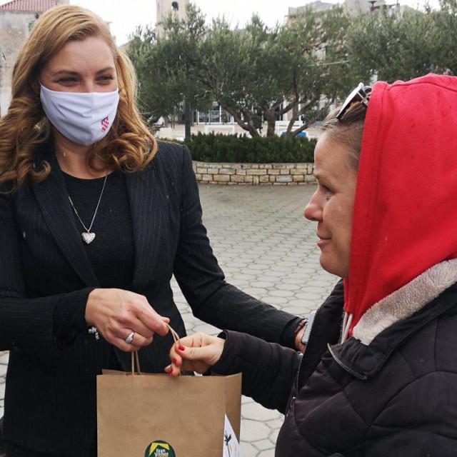 Vlasta Krpetic Meic - danas je u Pirovcu predstavila svoju kandidaturu za nacelnicu te opcine
