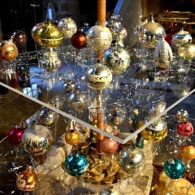 U žitnici Rupe otvorena je izložba Sjaj davnih Božića