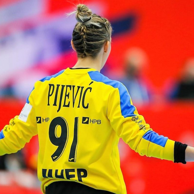 Tea Pijević, vratarka hrvatske reprezentacije iz Stabline pokraj Ploča foto: Stanko Gruden/kolektiffimages