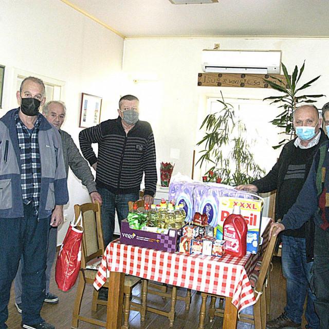 Darovi anonimne sugrađanke Caritasovom domu za beskućnike