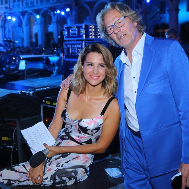 Doris Pinčić na ovogodišnjem Splitskom festivalu u društvu Tedija Spalata