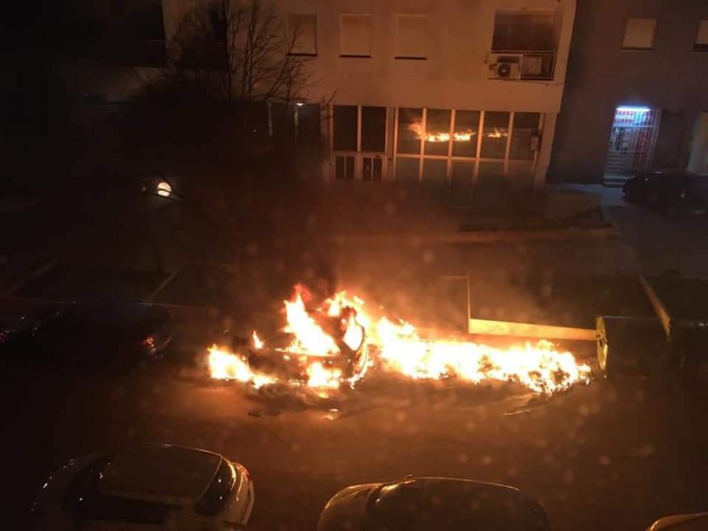 Zapaljni kontejneri i automobil na Bilom brigu