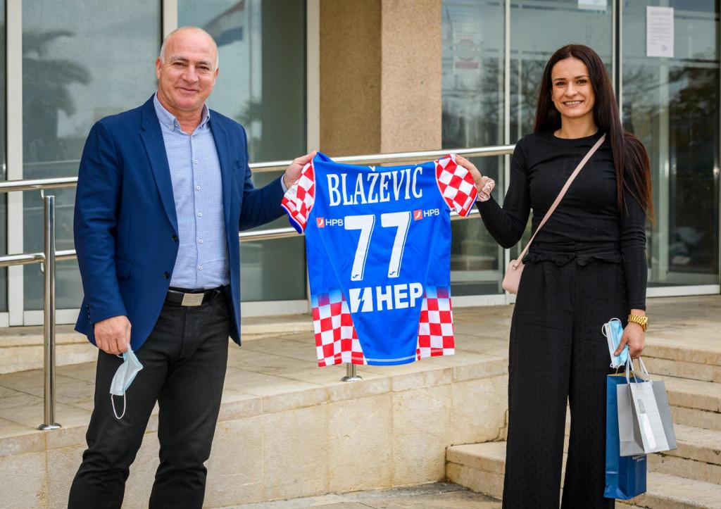 Župan Goran Pauk i brončana rukometašica Valentina Blažević iz Knina