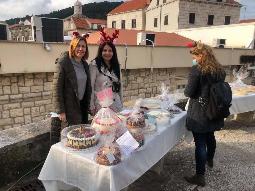 Dobrotvorni torta party na Korčuli