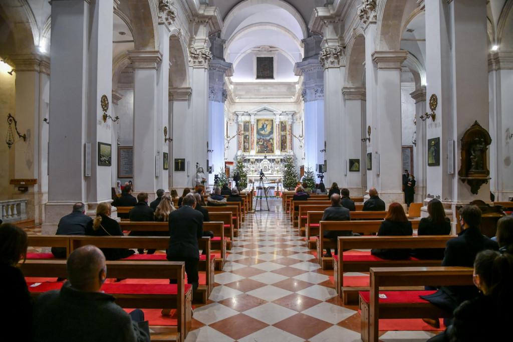 Polnoćka u dubrovačkoj katedrali
