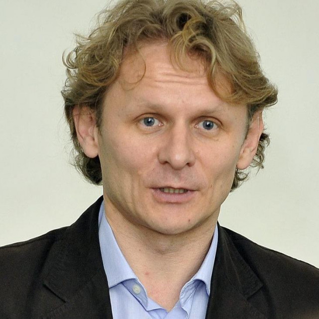 dr. Ivan Đikić
