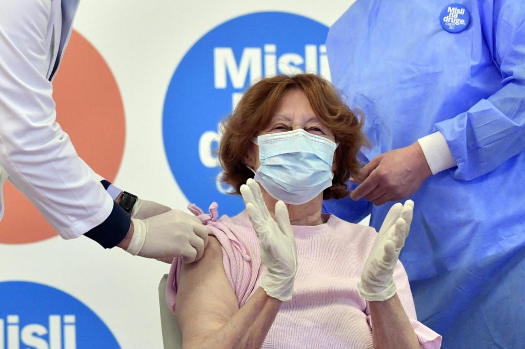 Cijepljenje sticenice Doma, Branke Aničić<br />