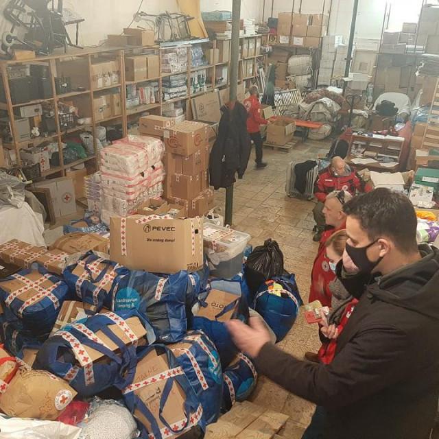Pomoć za stradale u potresu u Gradskom društvu Crvenog križa Šibenik