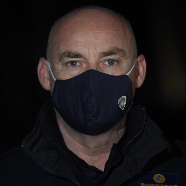 Damir Trut, ravnatelj Civilne zaštite snimljen u Majskim Poljanama