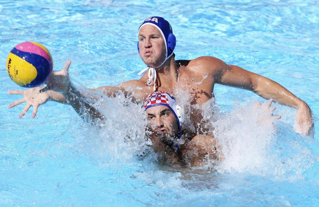 Nikša Dobud (Hrvatska) i Layne Beaubien (SAD) u utakmici za treće mjesto na SP-u 2009. u Rimu. Hrvatske je osvojila broncu foto: Vladimir Dugandžić / CROPIX