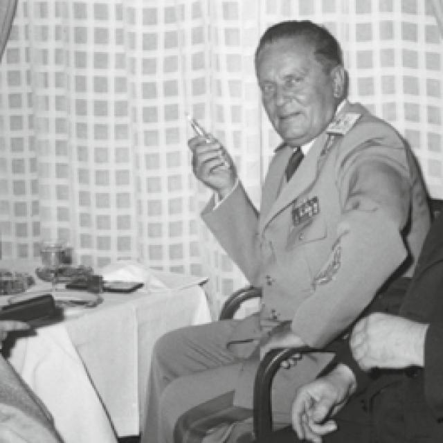 Sa Stankom Gorišek, nositeljicom štafete mladosti, 25. svibnja 1959.