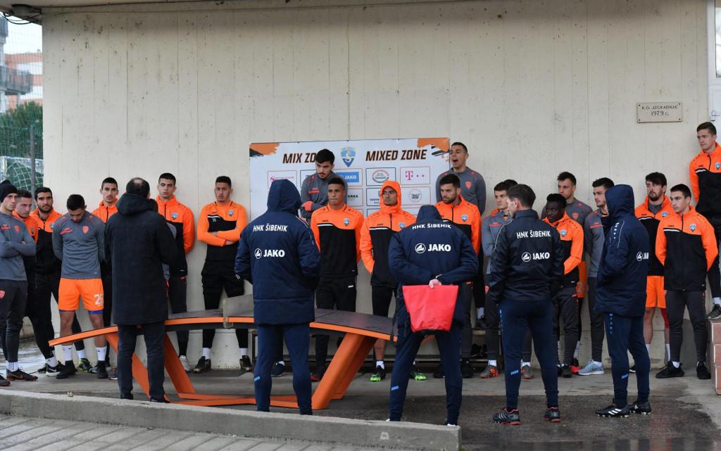 <br /> Prozivka nogometaša Šibenika, prije poćetka drugog djela natjecanja Prve HNL.<br />