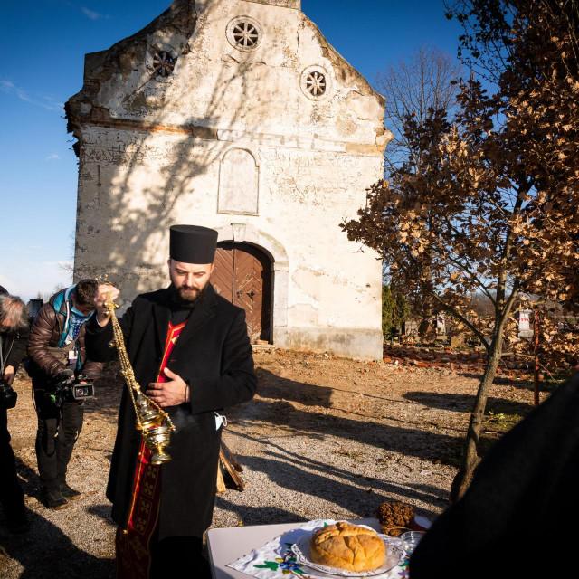 Božić i katolički i pravoslavni, ove godine zaista prolazi u miru i dobroti
