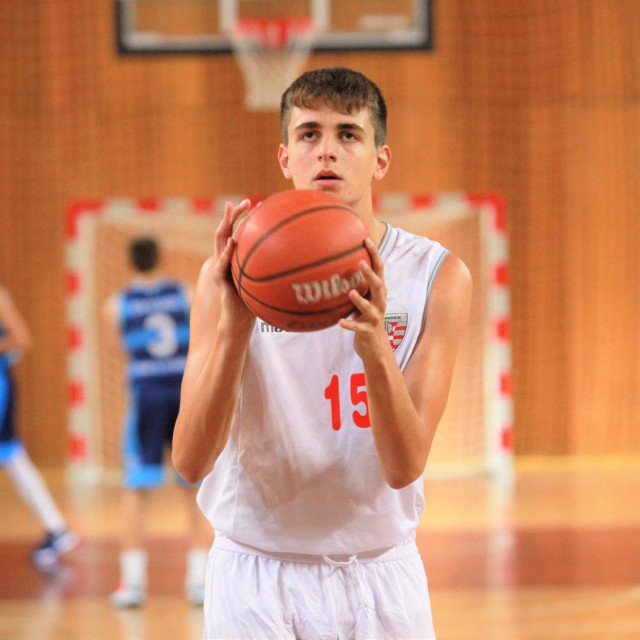 Mateo Tomašević, košarkaš Dubrovnika foto: Tonči Vlašić