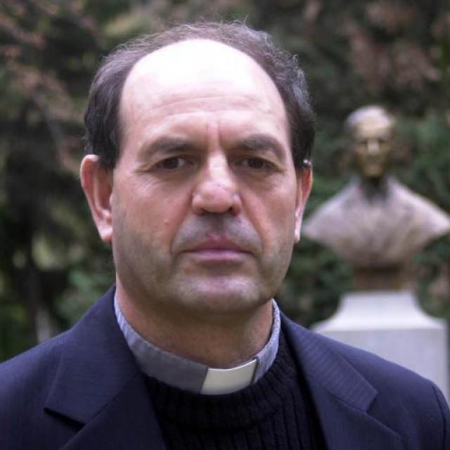 Isusovac pater Mijo Nikić, voditelj mobilne ekipe svećenika