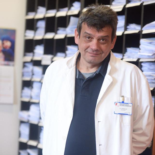 Dr. Bernard Kaić