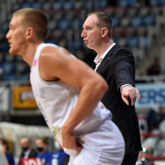 Pomoćni trener Zadra Ivan Perinčić<br />
