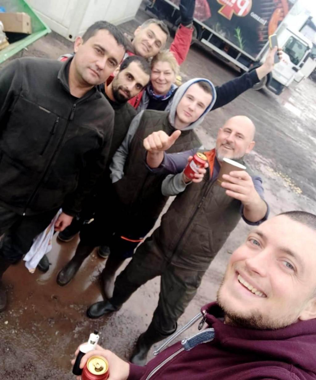 Poznati virsko-zadarski chef Dario Kapović boravio je prošli tjedan u Glini