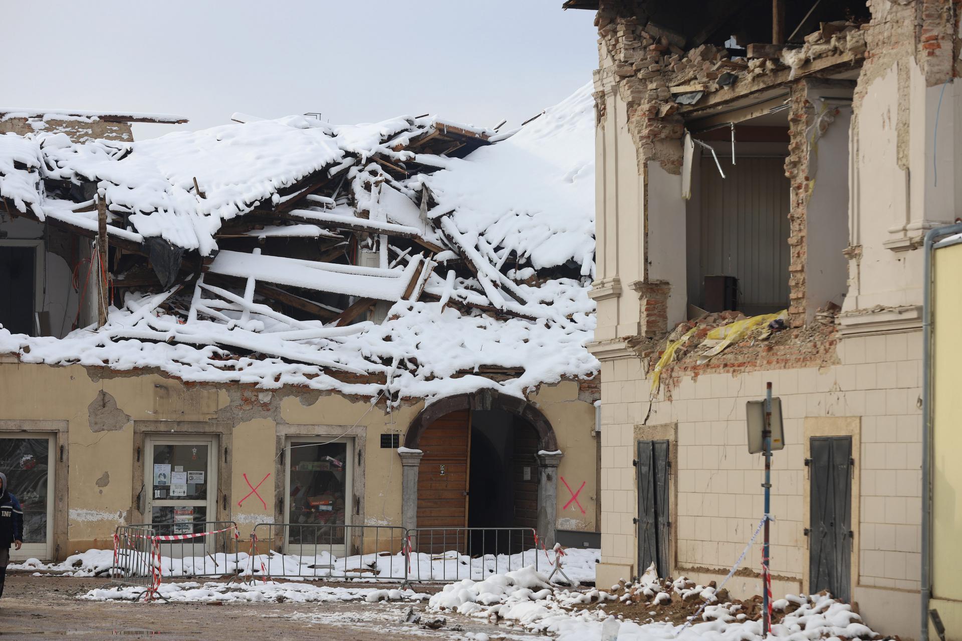 Tragedija u Petrinji: muškarac počinio samoubojstvo aktiviranjem eksplozivne naprave
