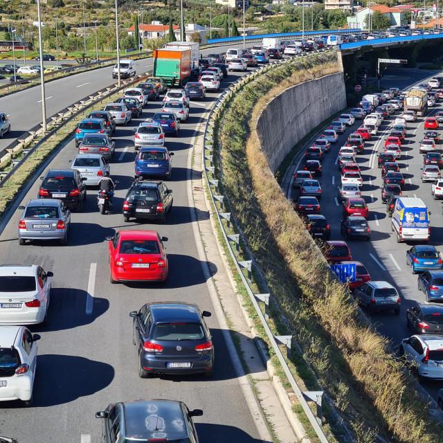 Split se godinama davi u prometnome zagušenju na izlazima iz grada