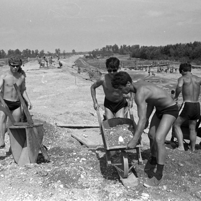 Omladina na radnim akcijama u bivšoj Jugoslaviji<br />