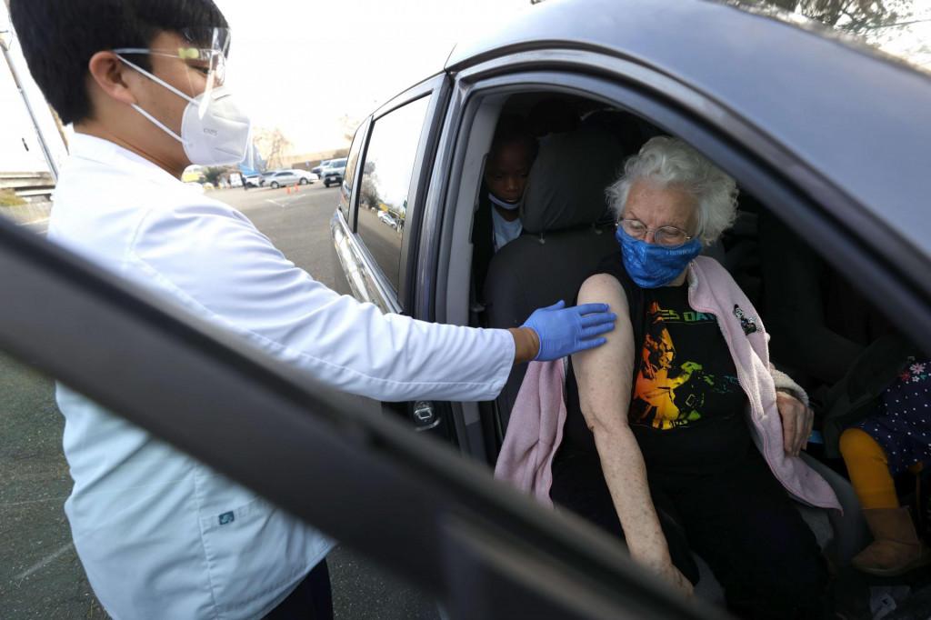 Cijepljenje u automobilu