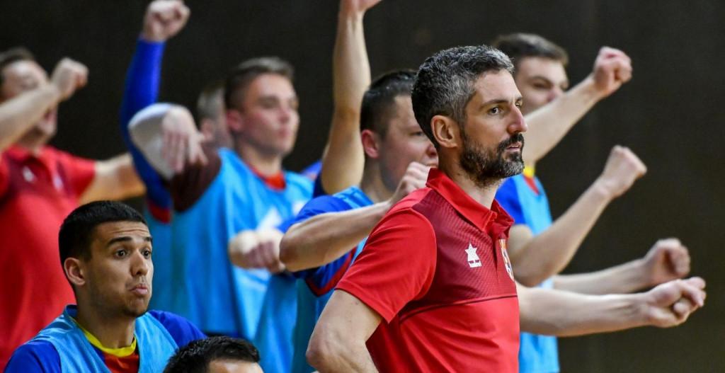 Frane Despotović je krajem veljače 2020. dobio poziv iz Squarea, te ga vodio do kraja sezone.