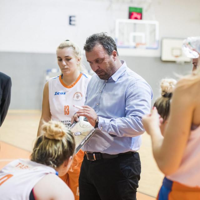 Košarkašice Šibenika svladale Split na Baldekinu