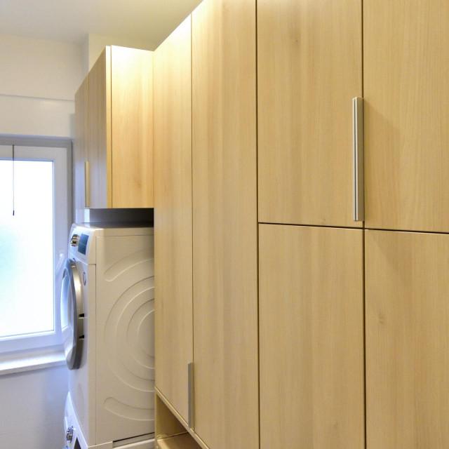 Prostor za perilice i pospremanje stvari koje se ne moraju vidjeti na prvi pogled otkrili smo neki dan u stanu u Stobreču