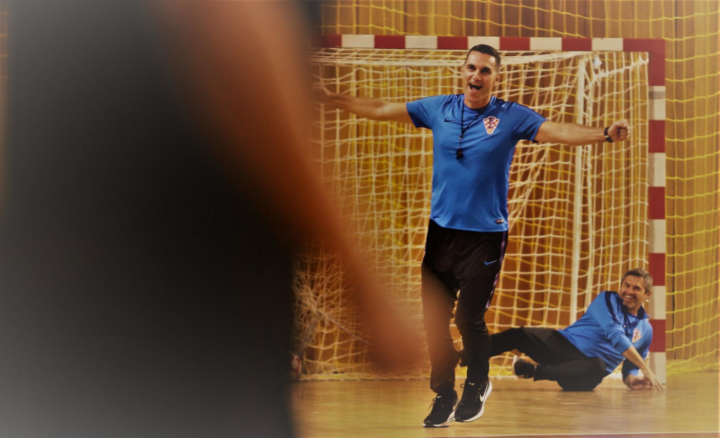 Mato Stanković i Marinko Mavrović na treningu reprezentacije Hrvatske uoči kvalifikacija u Dubrovniku krajem 2019. za SP foto: Tonči Vlašić