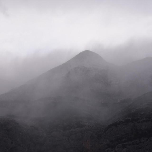 U planinama vladaju surovi zimski uvjeti