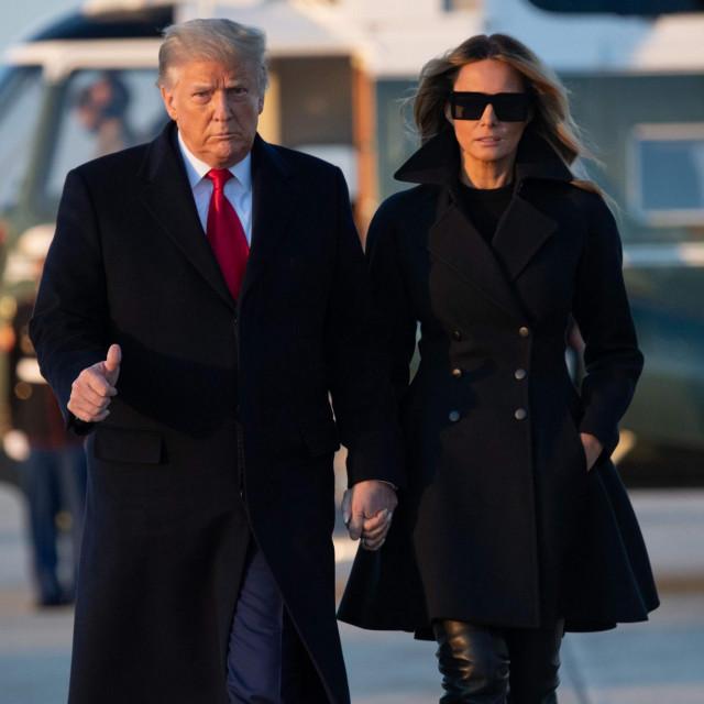 Popularnost Melanije Trump među Amerikancima daleko niža od popularnosti njezinih prethodnica