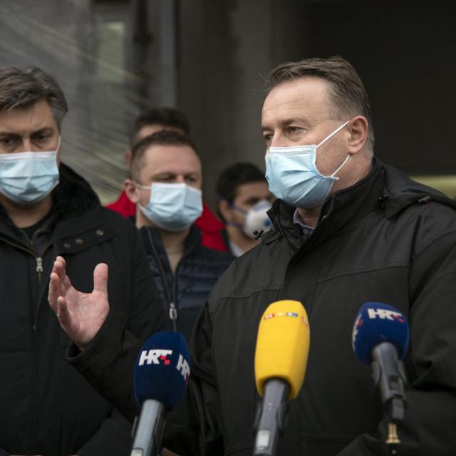 Župan sisačko-moslavački Ivo Žinić i premijer Andrej Plenković snimljeni u Glini