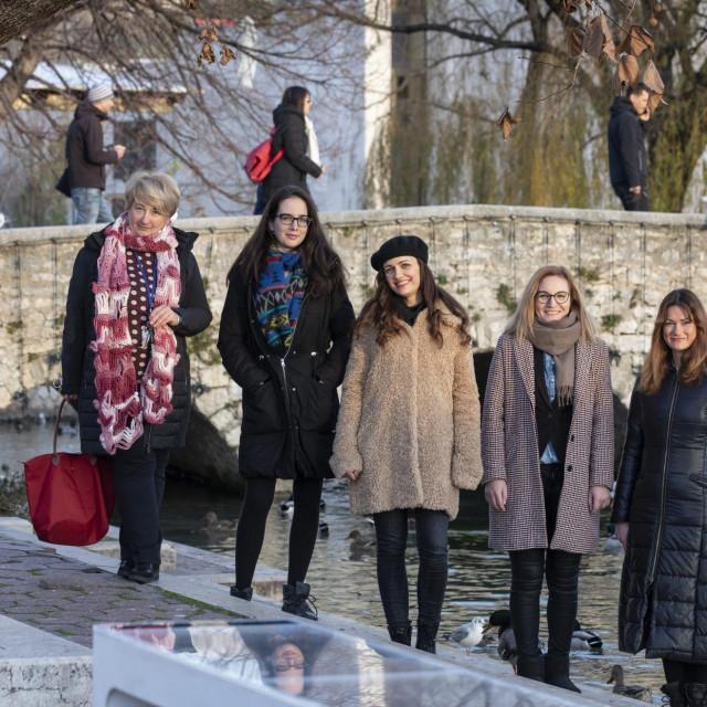 Zvjezdana Atlaga, Ivana Teklić, Katarina Tramontana, Tina Brzić i Iva Džaja, duga u Solinu