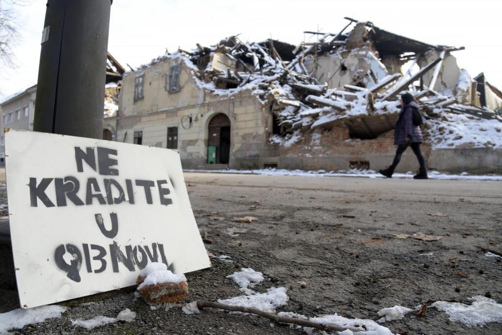 Ruševine u centru Petrinje uzrokovane razornim potresom