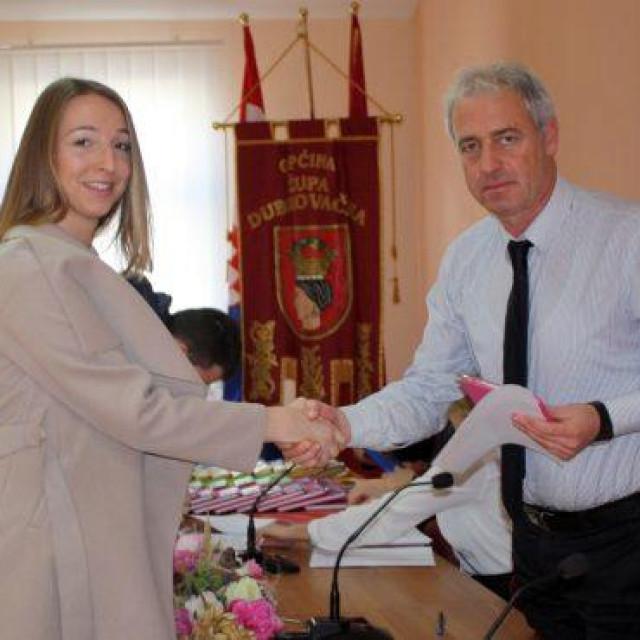 Župa dubrovačka dodijelila stipendije