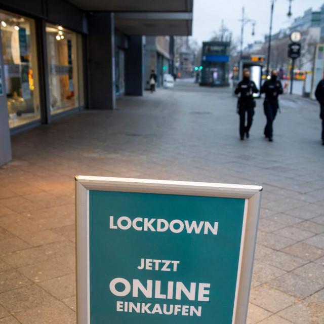 Samo online shopping<br /> AFP
