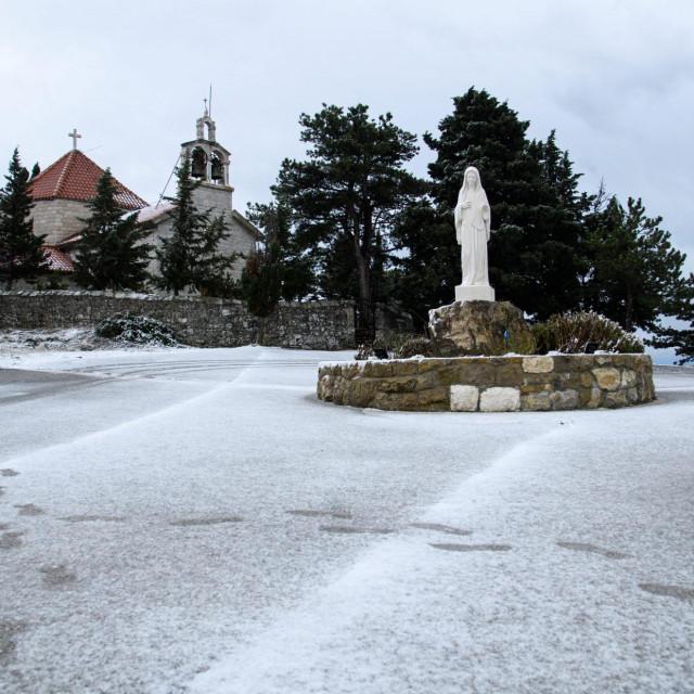 Snijeg je zabijelio i Gornje Sitno Tom Dubravec/CROPIX