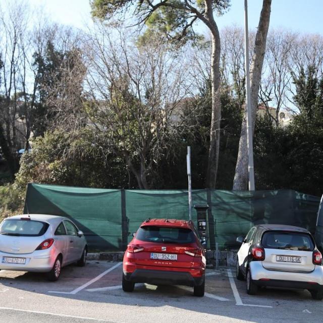 Staza koja spaja Ulicu dr. Ante Starčevića s Ulicom Put od Republike i Vukovarskom ulicom