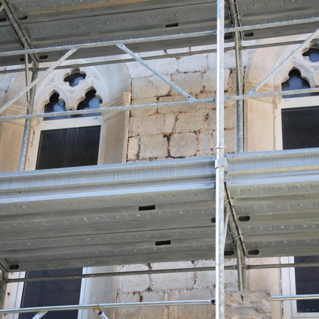 Obnova crkve svetog Dominika na kojoj su postavljeni PVC prozori