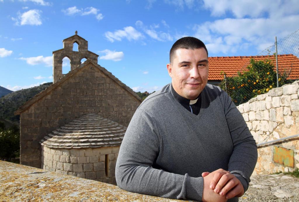 Lastovo, 130121.<br /> Novi upravitelj lastovske zupe don Tonci Ante Prizmic.<br />